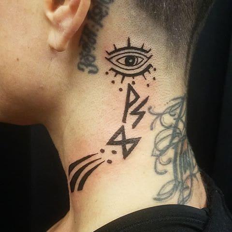 runas nordicas tattoo