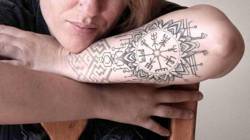 vegvisir significado tatuaje