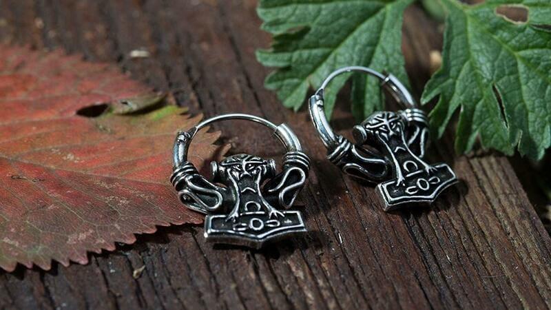 comprar pendintes de runas precio
