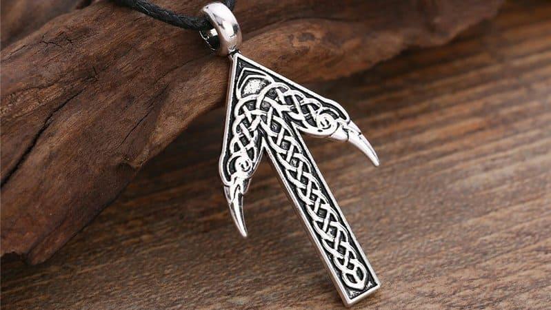 significado runa tiwaz significado